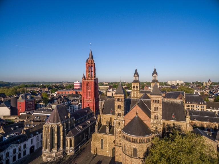 20170509 Maastricht - Servaaskerk DJI_0303.jpg